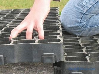 Lawn grill for parking and garden path at the cottage: reviews, photos