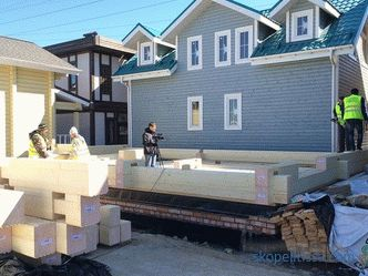 Projects of houses from glued timber in the