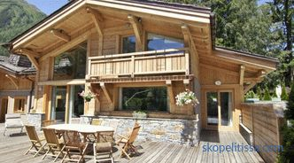 Chalet-style roofs, design details and building materials for a large roof area