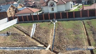 Drainage without rubble, drainage system, pipe with expanded polystyrene, device technology, photo