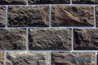 Ground stone: types of artificial stone