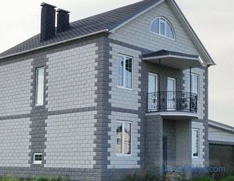 Ceramsite concrete blocks to buy in Moscow, the pros and cons of houses from claydite-concrete blocks