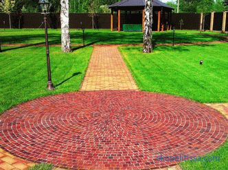 All about paving garden paths from paving stones and the stages of creating their own hands