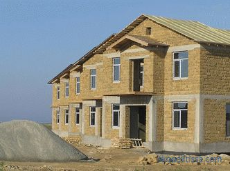 What is better to build a house for permanent residence: a review of materials